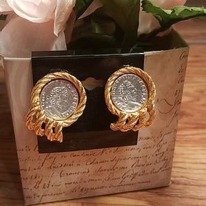 Boho Vintage Coin Textured Clip On Earning